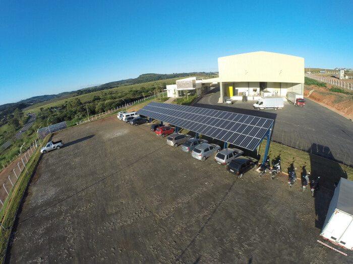 Estacionamento Solar Cooxupé MG (1)